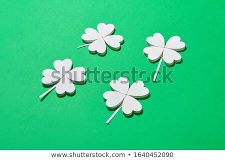 Handgemaakt papier groene blad vier bloemblaadjes Stockfoto © artjazz