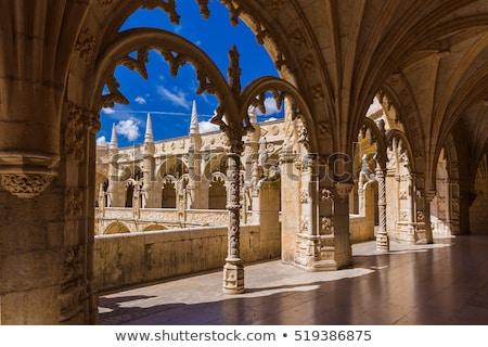 Opactwo arch. okno średniowiecznej klasztor Zdjęcia stock © chris2766