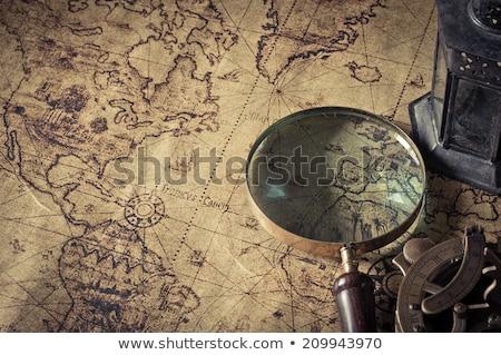 eski · haritaları · büyüteç · pusula · kâğıt - stok fotoğraf © gavran333