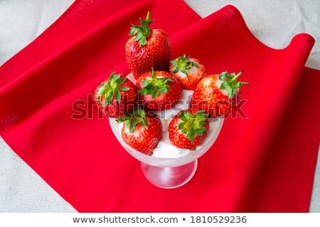 Aardbeien room witte Stockfoto © TheFull360