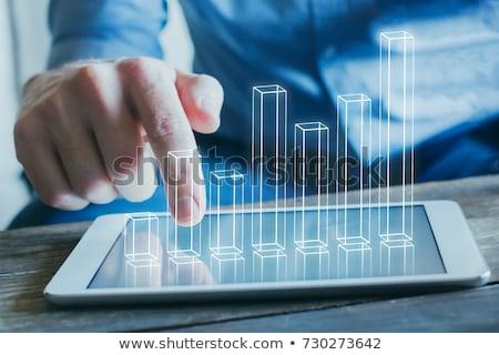 Biznesmen działalności analityka infografiki ceny człowiek Zdjęcia stock © Elnur