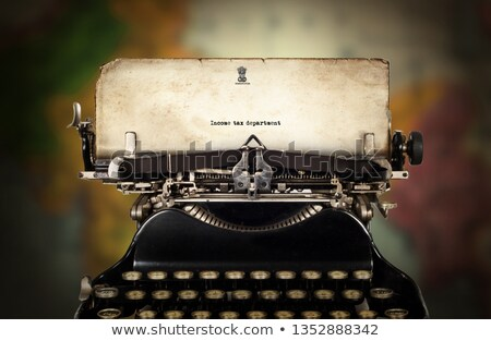 Foto d'archivio: Vintage · vecchio · cromo · macchina · da · scrivere · tasti