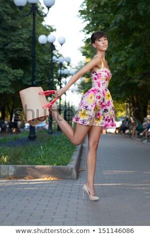Hermosa moda modelo largo rizado Foto stock © dash