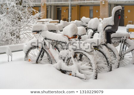 Foto stock: Bicicleta · neve · inverno · cena · noturna · bicicleta · esportes