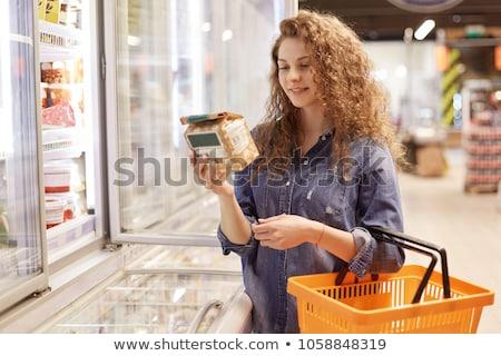 Meisje supermarkt pakket jurk winkelen Stockfoto © mOleks