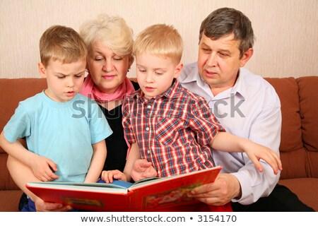 nagyszülők · olvas · könyv · gyerekek · arc · nők - stock fotó © Paha_L