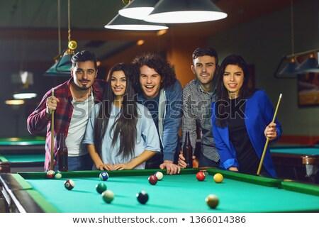 Személy játszik snooker játékos elvesz hosszú Stock fotó © pedromonteiro