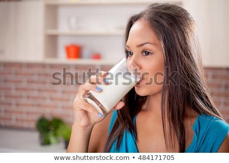 Stok fotoğraf: Kadın · içmek · süt · kahvaltı · portre