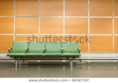 Fila sedie muro grigio copia spazio Foto d'archivio © make
