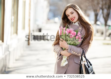 vrouw · krans · bloemen · jonge · vrouw · boeket - stockfoto © dolgachov