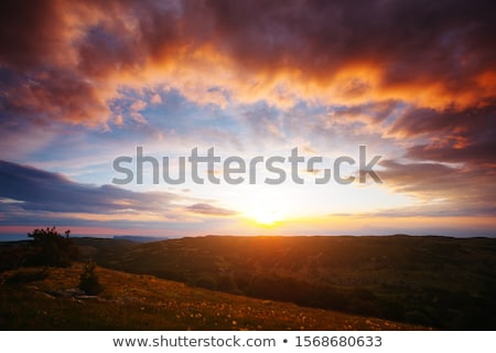 prachtig · zonsondergang · kust · hemel · natuur · zee - stockfoto © thisboy