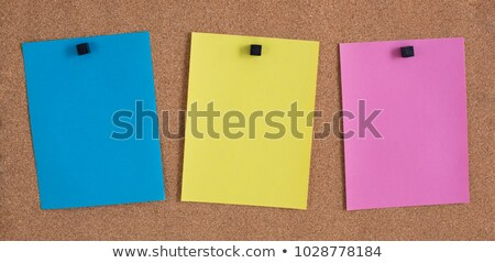 Három színes jegyzetek hirdetőtábla papír textúra Stock fotó © latent