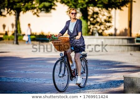 велосипедов корзины старые велосипед задний колесо Сток-фото © HectorSnchz