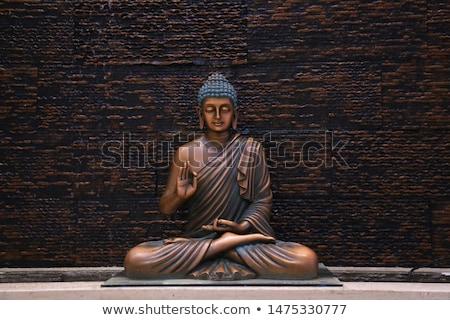Buda güzel bakır heykel tapınak Stok fotoğraf © Hofmeester