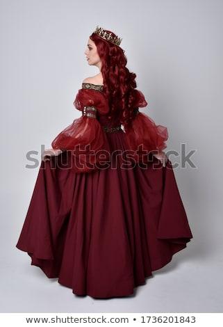 Stockfoto: Koningin · rode · jurk · geïsoleerd · witte · werk · goud