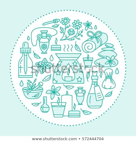 アロマセラピー エッセンシャルオイル パンフレット テンプレート サークル ポスター ストックフォト © Nadiinko