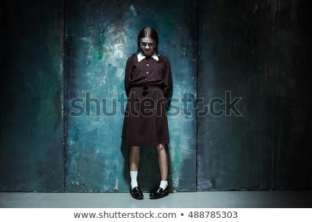 Stockfoto: Portret · jonge · glimlachend · meisje · moordenaar