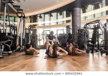 cztery · młodych · ludzi · wykonywania · szkoły · sportu · fitness - zdjęcia stock © kzenon