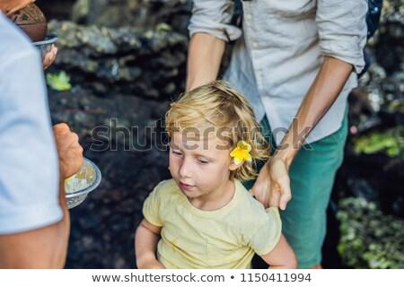 Junge touristischen Ritual heilig Wasser Stock foto © galitskaya