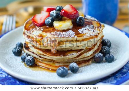 Pannenkoek ontbijt amerikaanse jam bevroren framboos thee Stockfoto © Illia