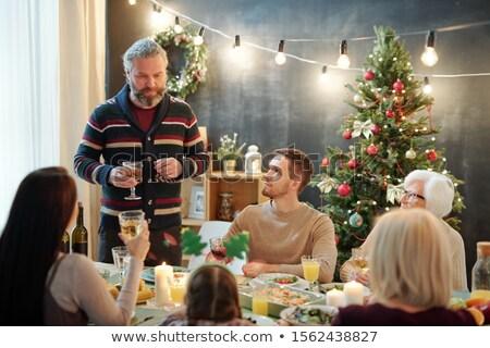 бородатый зрелый человек стекла вино семьи Сток-фото © pressmaster