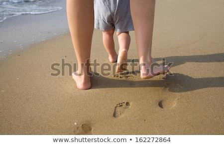 最初 · 徒歩 · かわいい · 赤ちゃん · 学習 · 母親 - ストックフォト © allihays