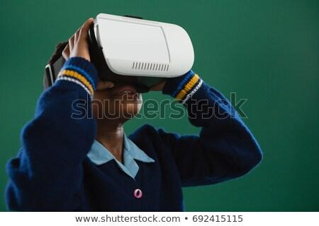 Studentessa virtuale realtà auricolare lavagna classe Foto d'archivio © wavebreak_media