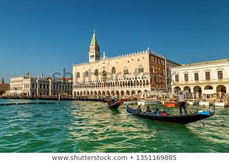 Pier basiliek boten hemel gebouw Stockfoto © Givaga
