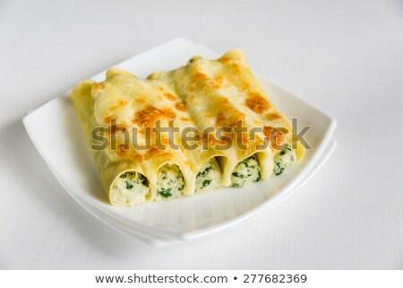 pasta · formaggio · ripieno · carne · rosso · focus - foto d'archivio © alex9500