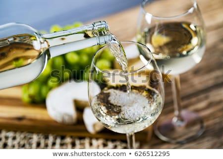 Stockfoto: Rood · witte · wijn · druiven · twee · flessen · wijn