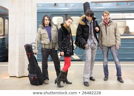 quatro · amigos · suv · guitarra · comunicação · sorridente - foto stock © paha_l