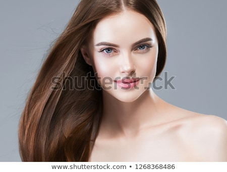 Stockfoto: Mooie · brunette · meisje · portret · kort · poseren