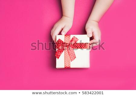 Rood hart vak handen hand steeg Stockfoto © nuiiko