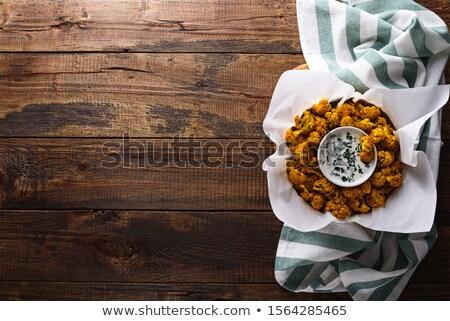 Karfiol sült sajt zöld tányér villa Stock fotó © TasiPas