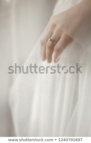 Noivo noiva de volta buquê atrás Foto stock © tekso
