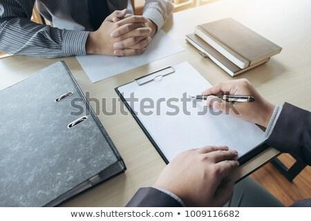 Stockfoto: Sollicitatiegesprek · jonge · aantrekkelijk · man · vragen