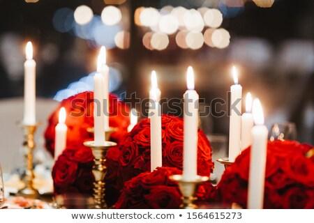 красную розу служивший таблице один празднования продовольствие Сток-фото © fotografci