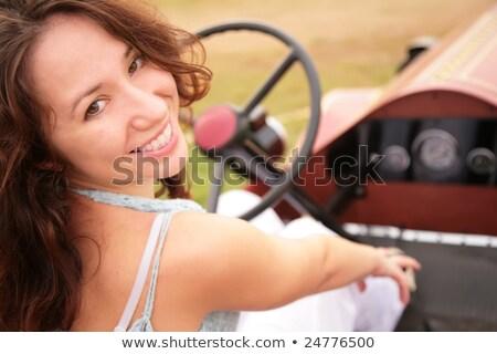 Nő hát szalon ősi autó nők Stock fotó © Paha_L