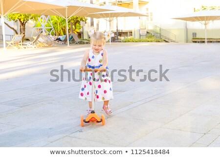 かわいい · 少女 · スクーター · 公園 - ストックフォト © travnikovstudio