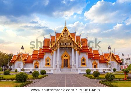 Anciens bouddhique temple Bangkok belle Photo stock © ssuaphoto