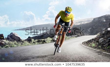 Groep fietsers weg racing geïsoleerd witte Stockfoto © sgursozlu