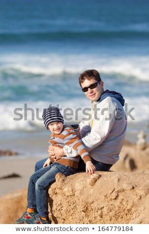 kicsi · fiú · játszik · tengerpart · játékok · színes - stock fotó © disobeyart