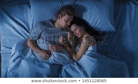 カップル · 寝 · ベッド · ホーム · 人 · 家族 - ストックフォト © dolgachov