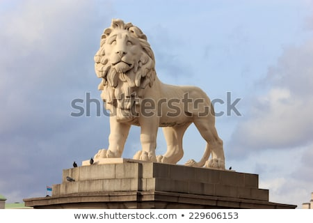 Photo stock: Banque · lion · statue · Londres · pierre
