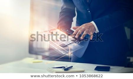 technológia · üzletember · virtuális · interfész · háló · közösségi · média - stock fotó © hasloo