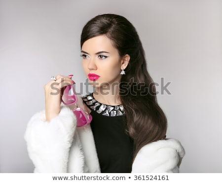 Moda mulher luxo casaco de pele diamante colar Foto stock © Victoria_Andreas