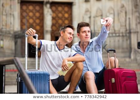 Homo paar mannen smartphone Stockfoto © diego_cervo