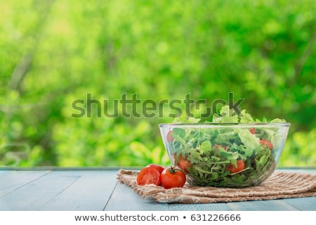 Pomidorów Sałatka tablicy biały czerwony warzyw Zdjęcia stock © Digifoodstock