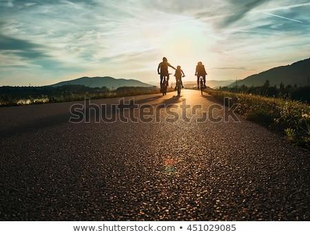 bisiklete · binme · siluet · dağ · yaz · gökyüzü - stok fotoğraf © andreypopov
