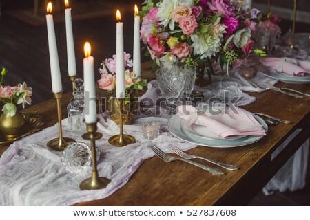 Foto stock: Rosa · flores · brancas · velas · tabela · casamento · decoração